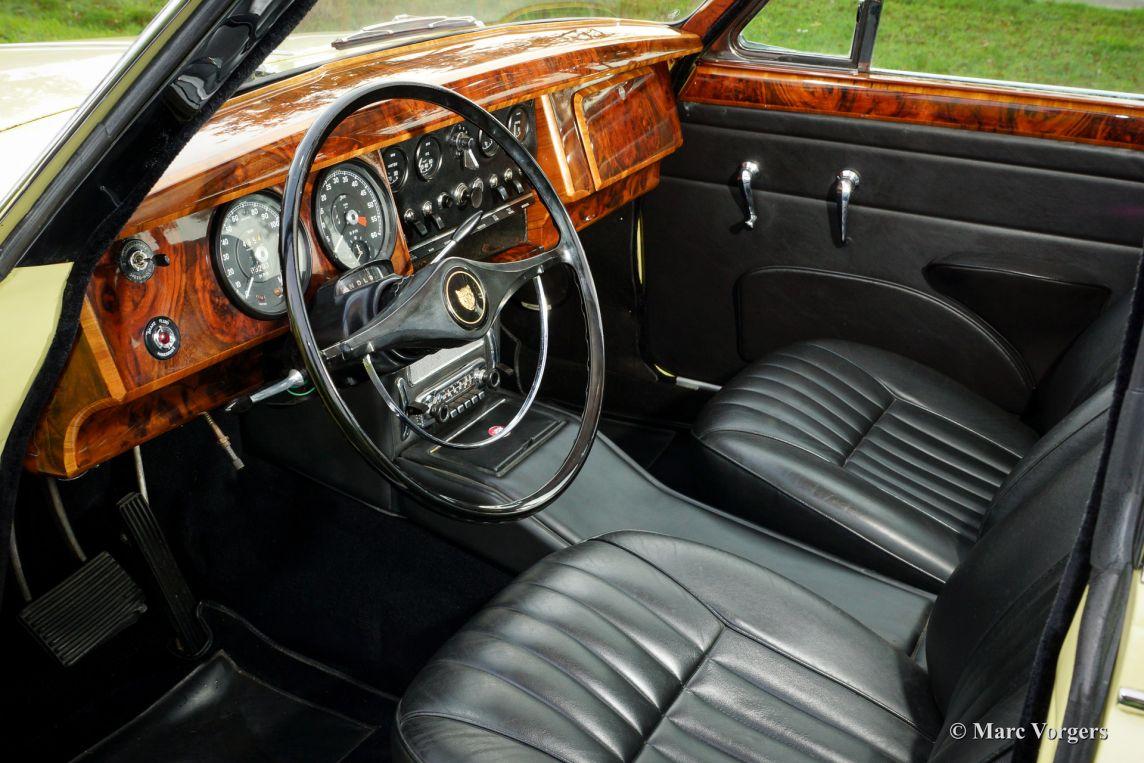 Jaguar Mk Dbea likewise X Type Cc C S likewise Exoto D Type Le Mans Winner No in addition Acura Tl Door Sedan Man Sh Awd Tech Hpt Dashboard L in addition Jaguar Xj. on 2000 jaguar x type