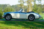 Austin-Healey-3000-Mk3-phase-2-1967-ice-blue-creme-white-02.jpg
