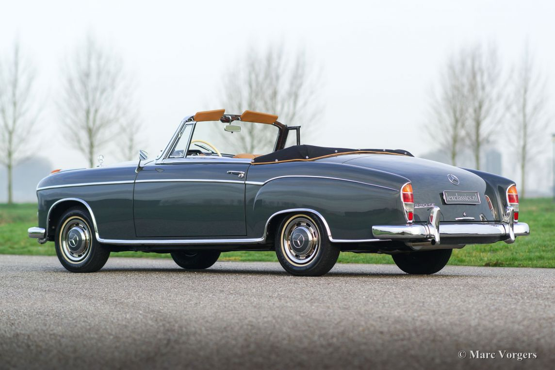 Mercedes benz 220 se cabriolet 1960 classicargarage nl for Contact mercedes benz financial