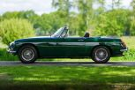 MG-MGB-Roadster-British-Racing-Green-1968-02.JPG