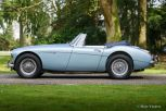 austin-healey-3000-phase-2-1967-ice-blue-02.jpg
